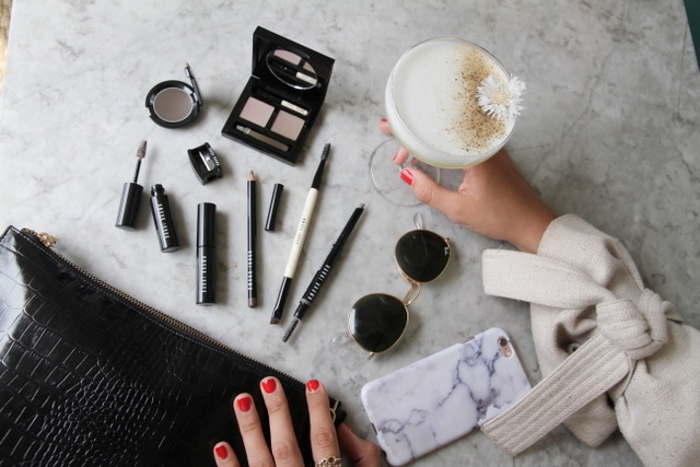 HOW TO MAKE THE MOST OF YOUR BROWS IN 3 STEPS
