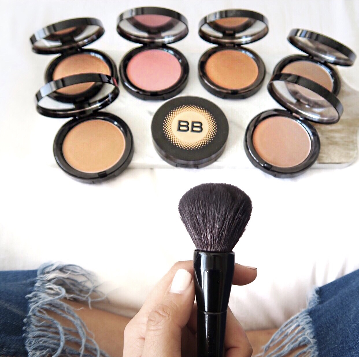 HOW TO CHOOSE A BRONZING POWDER